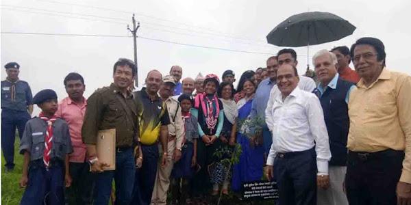 वीडियो - भारत की बेटी सुश्री सुनितासिंह चौकेन ने किया शहर भ्रमण,आजाद चौक पर विभिन्न संस्थाओं ने किया स्वागत