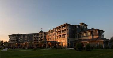 1000 Islands Harbor Hotel