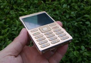 Hape Stainless Unik Satrend A10 Mini Card Metal Phone