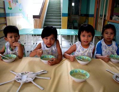 Trẻ dễ èo uột vì ăn uống thiếu vi chất dinh dưỡng