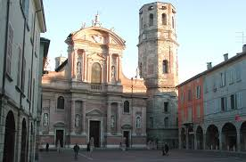 The Basilica di San Prospero overlooks an elegant square in Reggio Emilia
