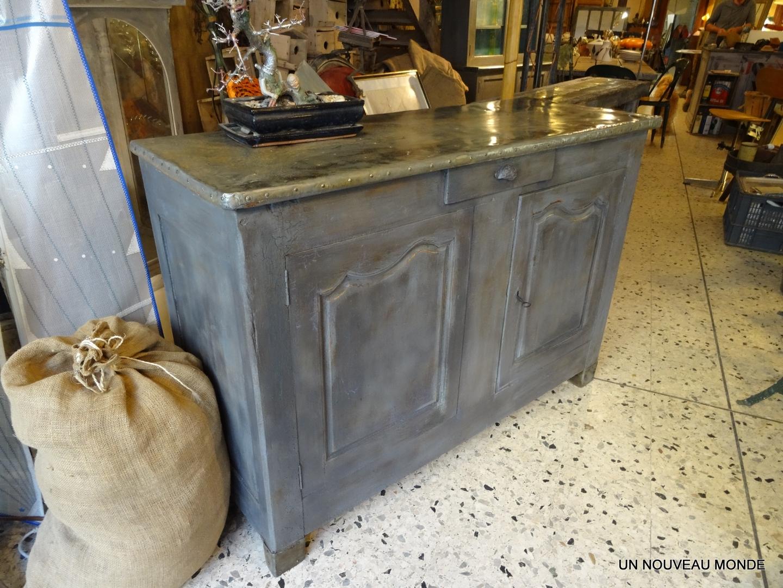 Le zinc ancien a t bross puis cir with recouvrir une table for Recouvrir une table de zinc