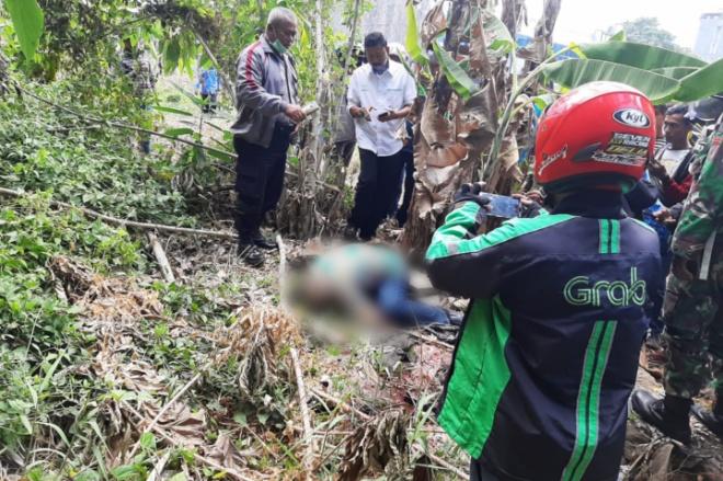 BREAKING NEWS: Penemuan Mayat Pria  Gegerkan Warga di Tello Makassar