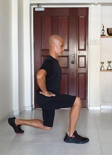 Image of a lunge leading with the right leg.