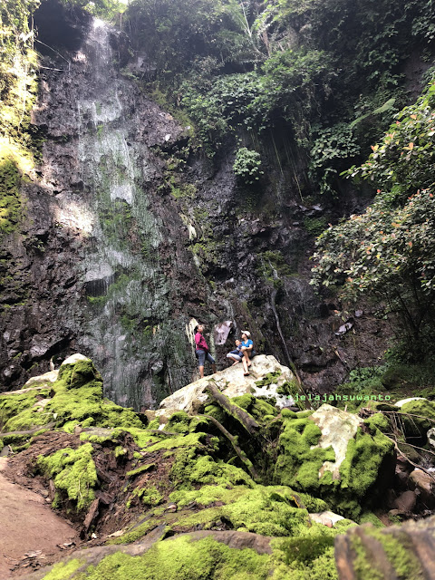 Berpose di Curug Badak Batu Hanoman Tasikmalaya || JelajahSuwanto