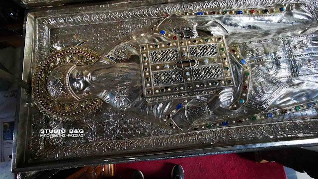 Θαυμαστό γεγονός με τα λείψανα του Αγίου Πέτρου στο Άργος που ευωδιάζουν (βίντεο)