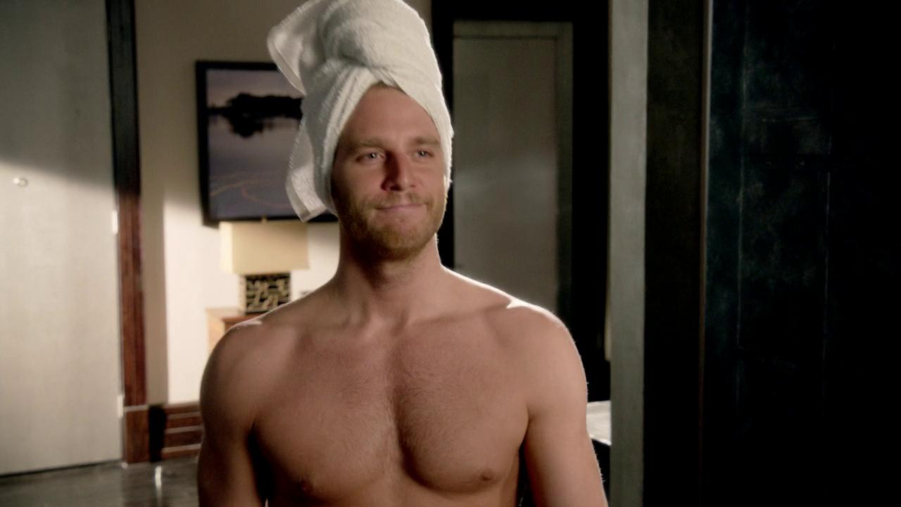 Shirtless Men On The Blog: Jake McDorman Shirtless