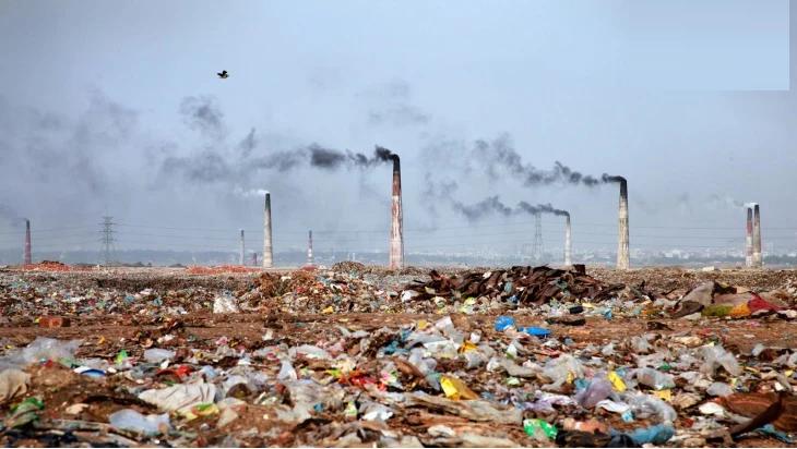 بحث حول التلوث البيئي