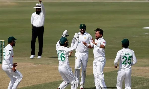 Pak Vs SA 1st Test, South African Team Scored 220 Runs in the First Innings