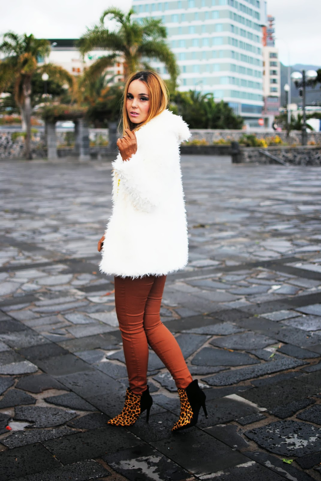 nery hdez, gloves, primark, rosewholesales, fur coat, teddy coat, print animal,