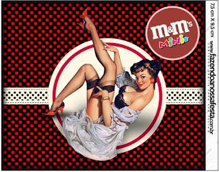 Etiqueta M&M de Pin Up en Negro con Lunares Rojos para imprimir gratis.