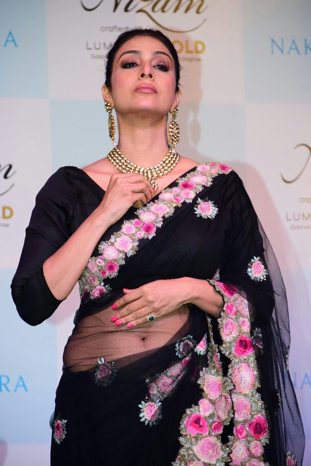 31 Tabu Hot Images, HD Wallpapers And Photos Gallery