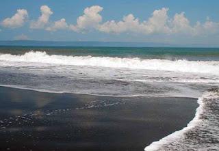 Pantai Paseban (Paseban Beach)