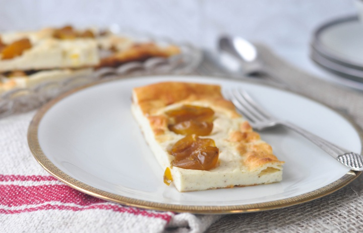 easy #glutenfree #cheesecake, topped with mirabelle plums