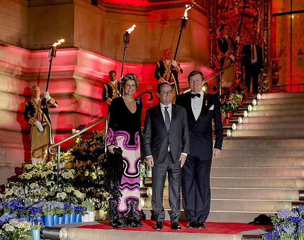 King Willem-Alexander and Queen Maxima of The Netherlands hosted a concert and a reception at the Petit Palais in Paris, for to thank President François Hollande
