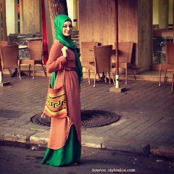 Hijab style jeune fille   Beautiful Hijab Styles df78a89ed65