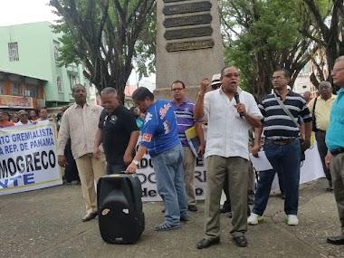 En La Opinión De La Profesora Nelva Reyes Barahona: Solidaridad con Edgardo Voitier