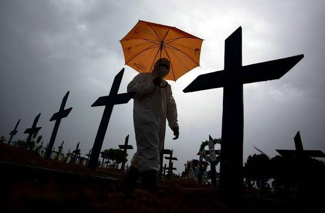 Brasil já projeta terceira onda da covid-19 com Estados baixando guarda no mês mais mortal da pandemia