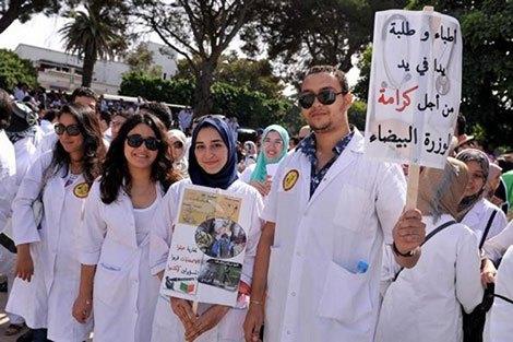 المستشفيات دون أطباء نهاية الشهر بسبب استخفاف الحكومة بمطالبهم