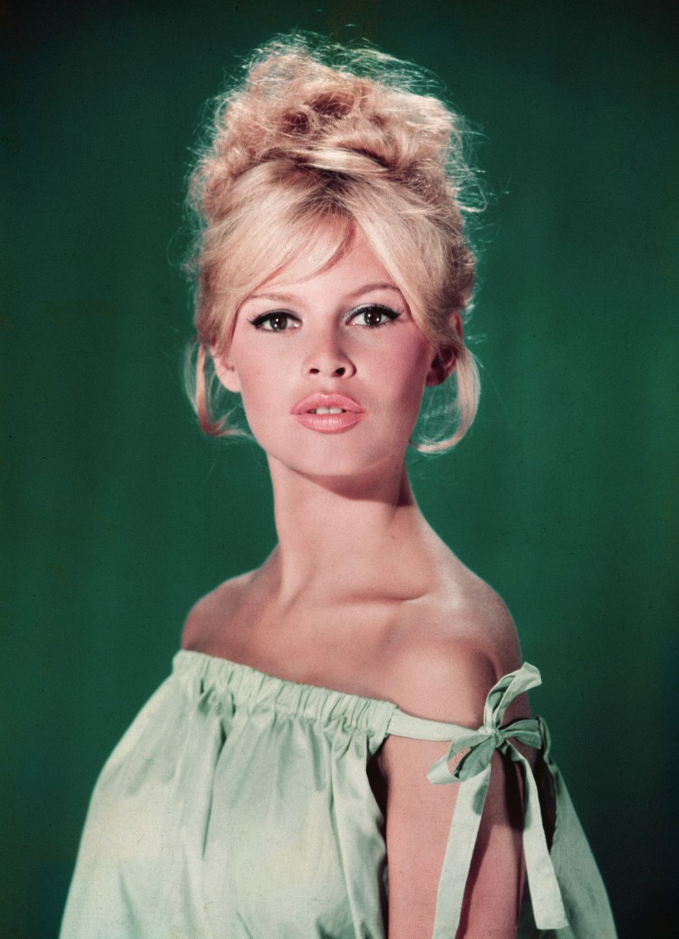 GOLDEN DREAMLAND: Style Icon: Brigitte Bardot