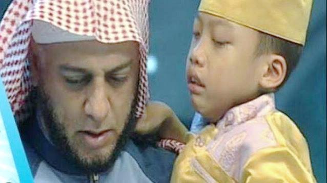 Dengar Syekh Ali Jaber Meninggal Dunia, Hafiz Cilik Ini Menangis Hingga Tak Mau Makan