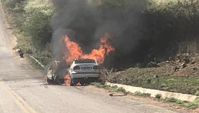 Vídeo: Colisão entre dois veículos entre Desterro e Teixeira, deixa vitimas fatais
