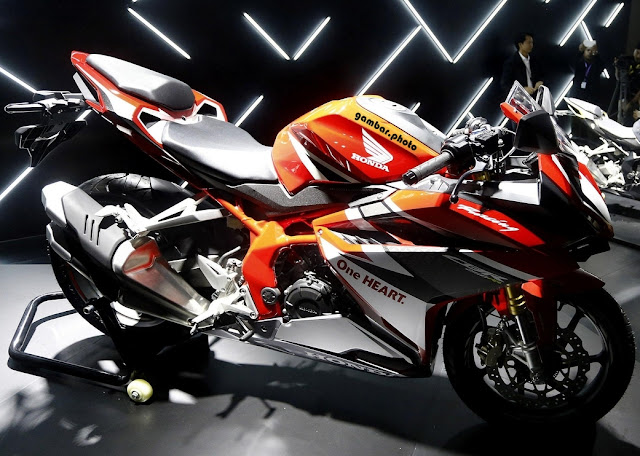All New Honda CBR250RR 2016 warna orange