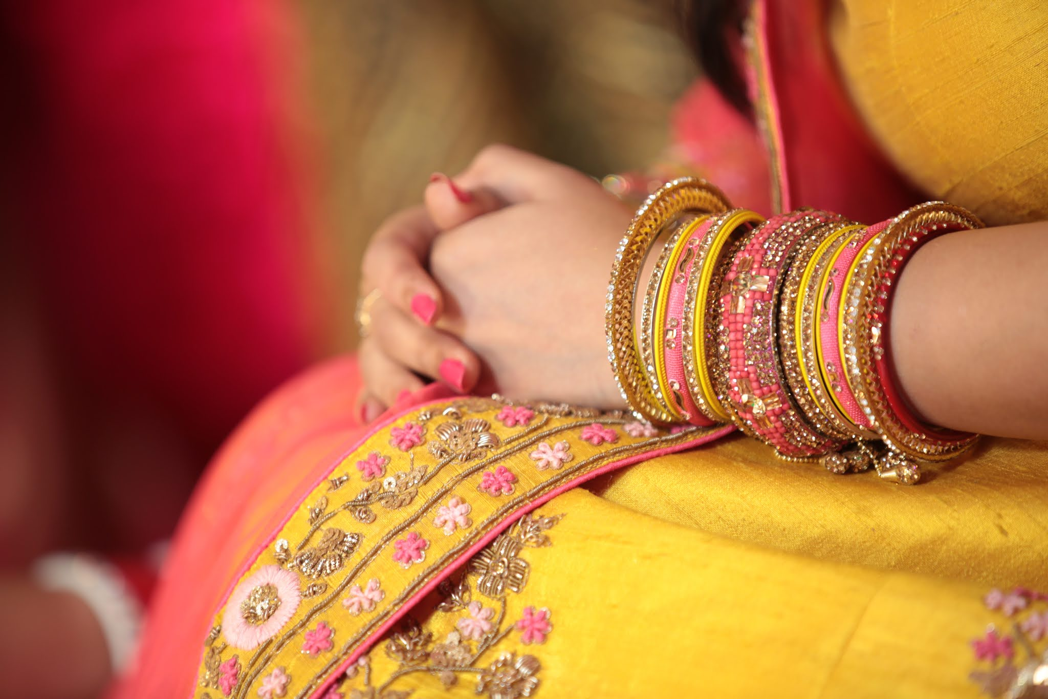 Why do Indian women wear bangles?
