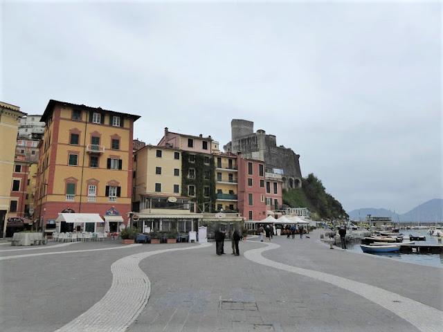 piazza garibaldi a lerici
