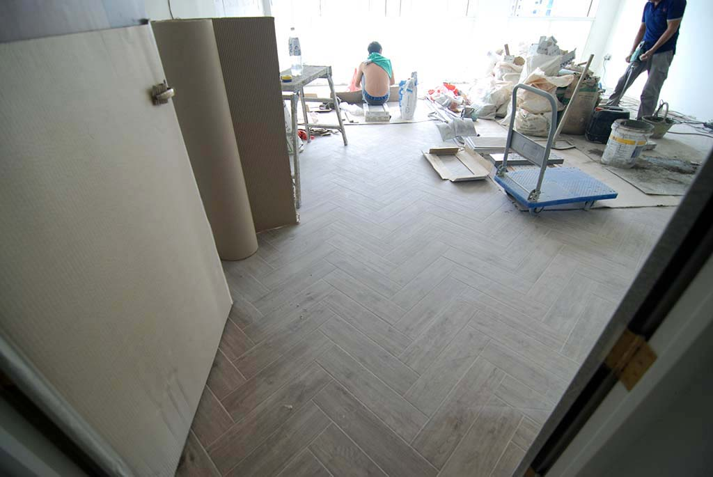 Butterpaperstudio Renoedgedale Herringbone Wood Tile Flooring