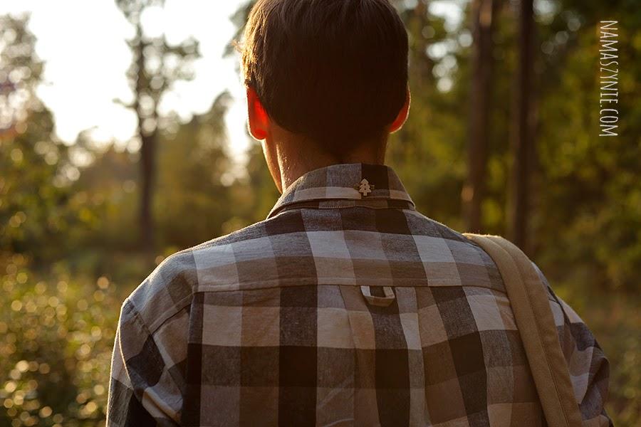 koszula, męska, jak uszyć, szycie na maszynie, wrocław, warsztaty, kurs szycia, karczek, drewniane guziki, len,