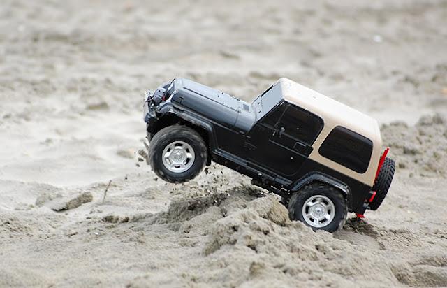 Tamiya Jeep Wrangler rc truck