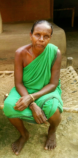 Santali women
