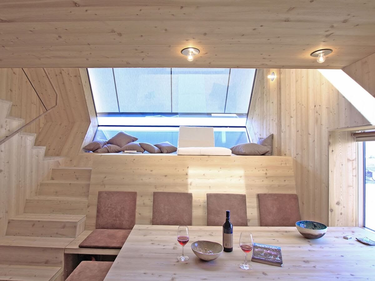 03-Living-Room-Dining-Room-Architecture-with-the-Ufogel-Tiny-House-www-designstack-co