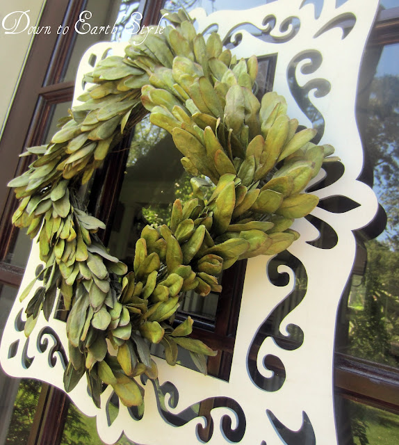 boxwood wreath frame
