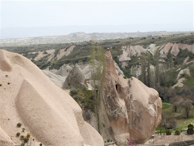 roccia dalla forma particolare valle uchisar