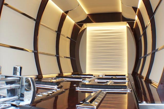 光岡自動車、ヴェルファイアの新型霊柩車「グランドリムジン」を発表。