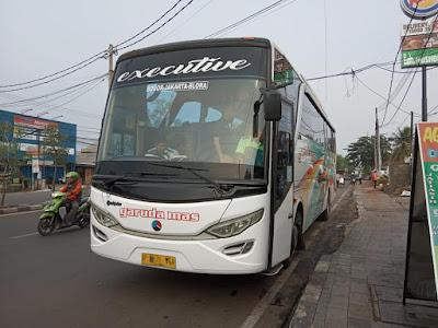 Foto Bus Garuda Mas Bogor Jakarta Blora