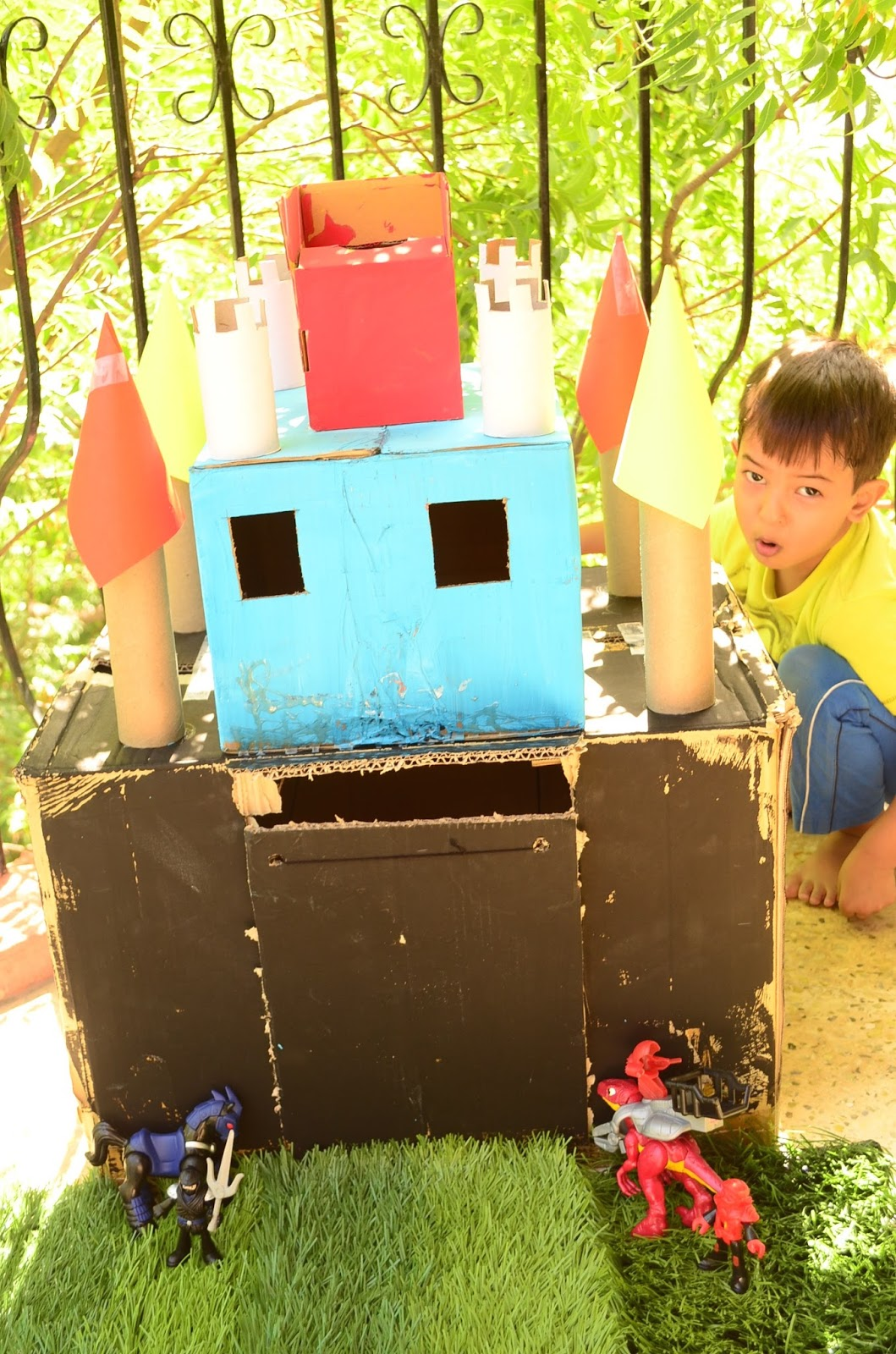DIY Cardboard Castle: With Your 3 Yr Old