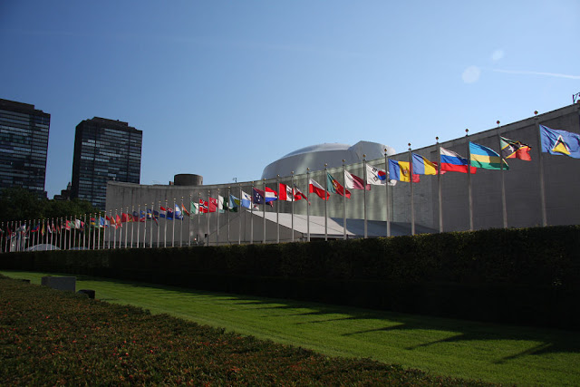 Image Attribute: UN General Assembly Building, New York / Source: Wikimedia Commons