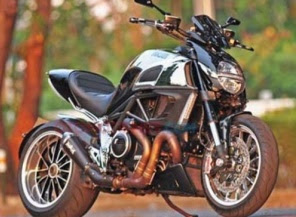 Foto  Modifikasi Ducati Diavel Cromo