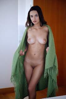 Free Sexy Picture - Gloria%2BSol-S01-005.jpg