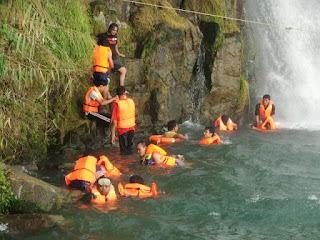 Wisata Air Terjun Binangalom Parapat - 4 Potret dan Lokasi