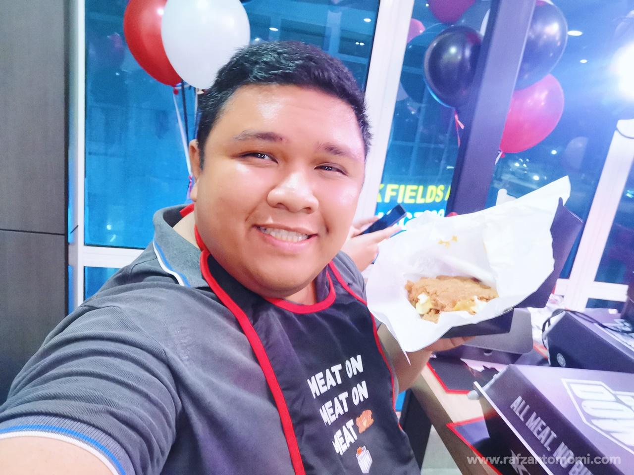 KFC Zinger Double Down Kembali!