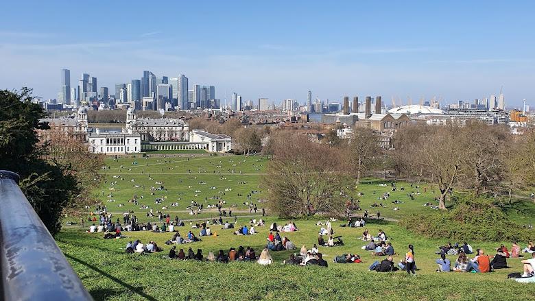 格林威治 Greenwich 遠眺金融城,大家都外出野餐了