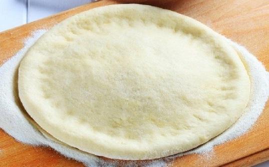 عجينة البيتزا الايطاليةالاصلية