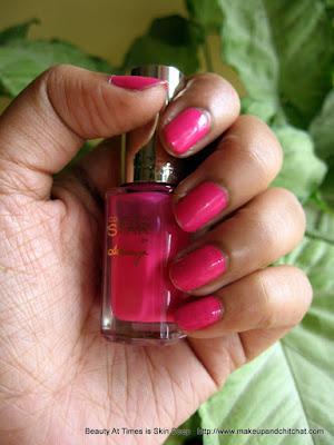 Aishwarya's Pink Nail Polish L'Oreal Paris