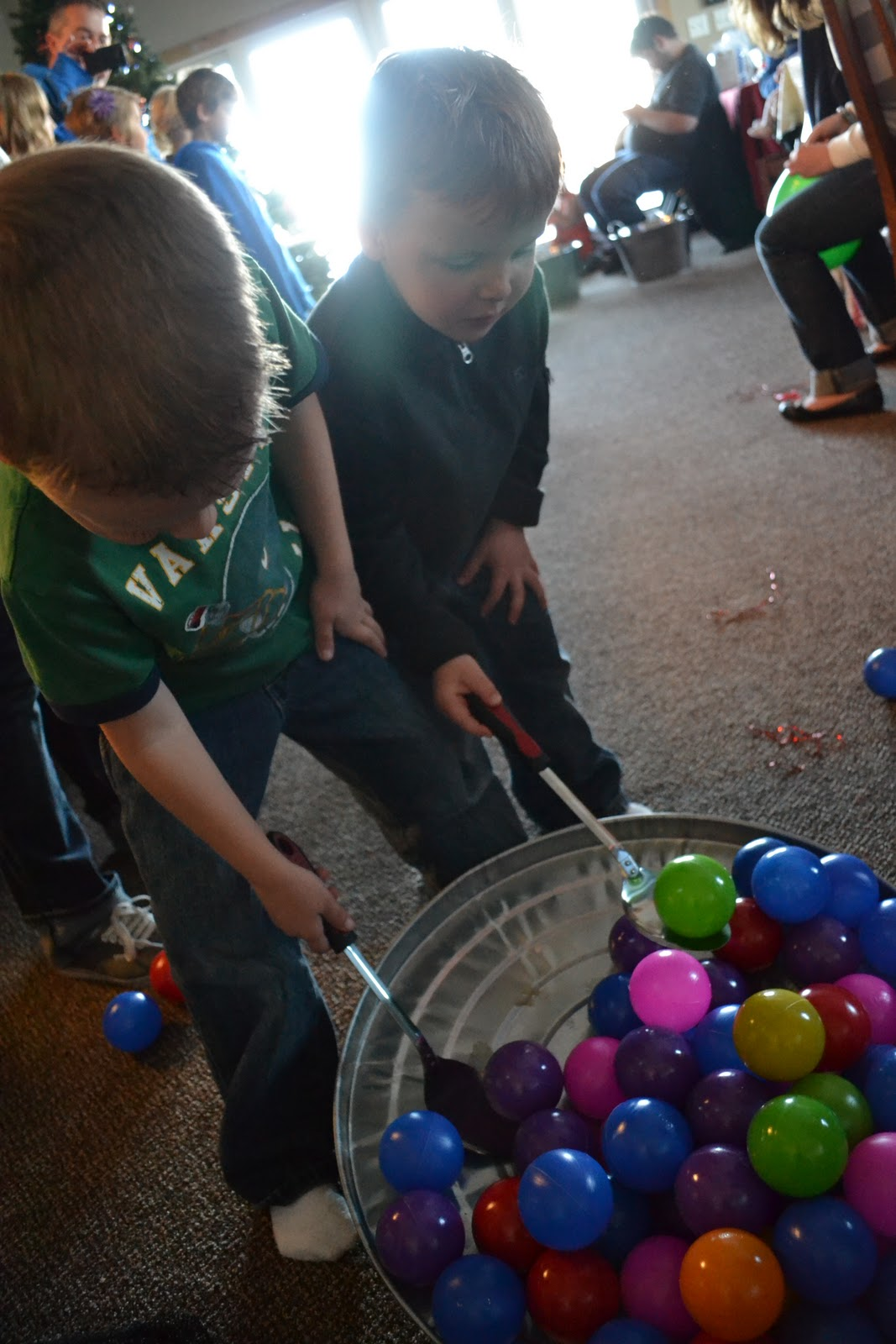 holiday party games for all ages and all under 5 simple simon and