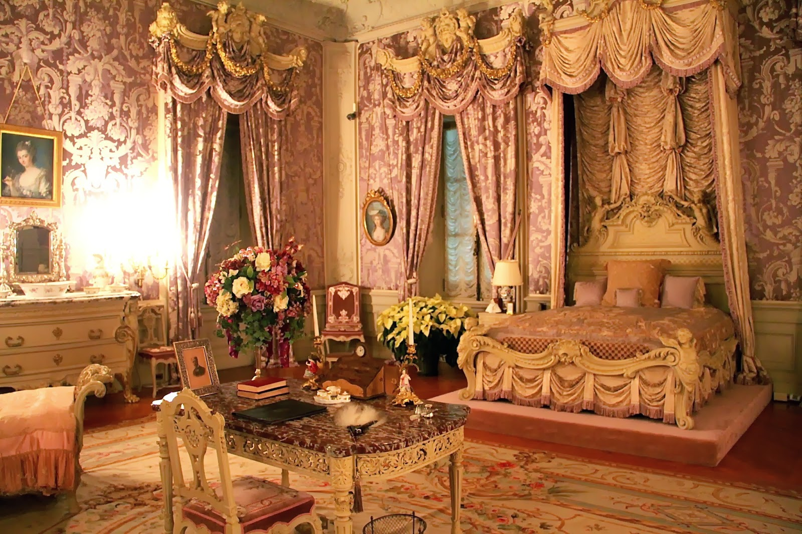 Loveisspeed Marble House Is A Gilded Age Mansion