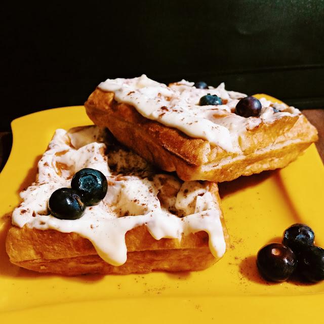 Waffle con Chocolate Blanco